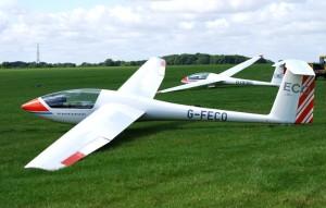 Astir and LS4 at Stratford Gliding Club